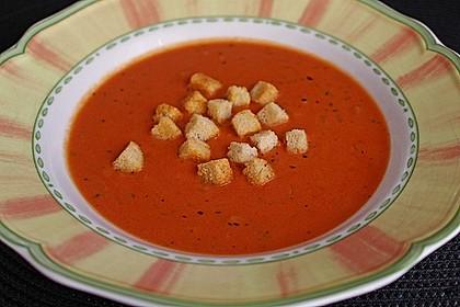 Cremige Tomatensuppe mit Kokosmilch 10