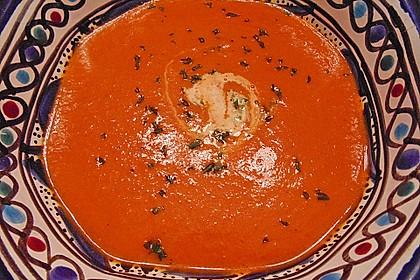 Cremige Tomatensuppe mit Kokosmilch 31