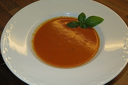 Cremige Tomatensuppe mit Kokosmilch 12