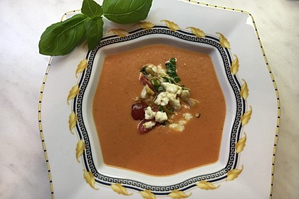 Cremige Tomatensuppe mit Kokosmilch 7