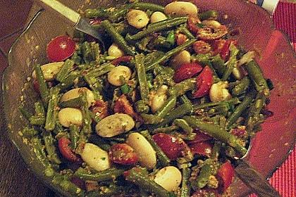 Bohnensalat mit Tomaten und rotem Pesto 4