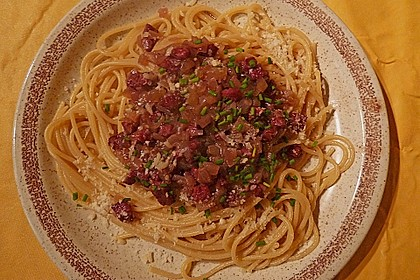 Salami - Zwiebelsauce für Spagetti