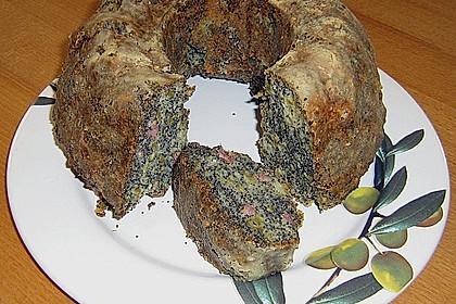 Mohnkuchen mit Speck und Oliven 0