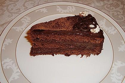 Amaretto - Trüffel - Sahne - Torte 1