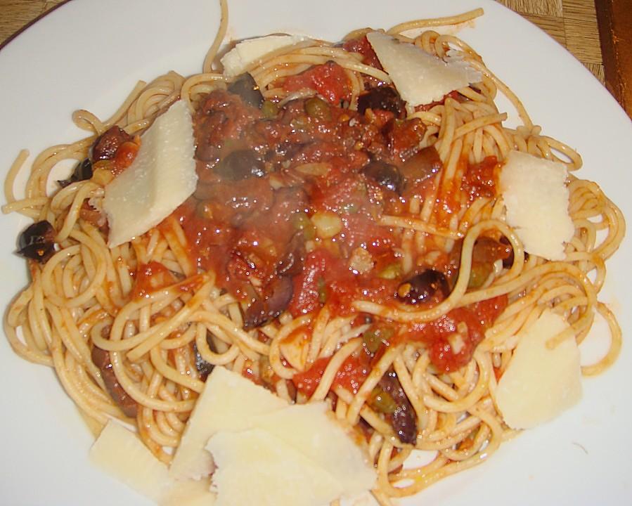 Spaghetti alla puttanesca (Rezept mit Bild) von josefinchen20 ...