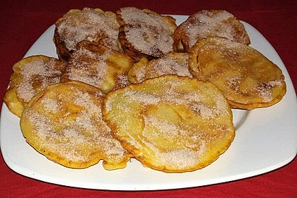Apfelküchlein mit Zimtzucker 8