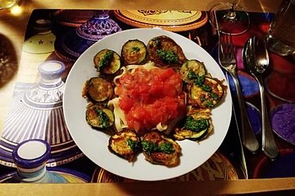 Zucchini – Piccata auf Tomatenkompott mit Rucolapesto und Nudeln 14