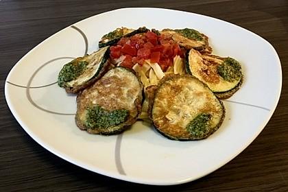 Zucchini – Piccata auf Tomatenkompott mit Rucolapesto und Nudeln 18