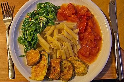 Zucchini – Piccata auf Tomatenkompott mit Rucolapesto und Nudeln 10
