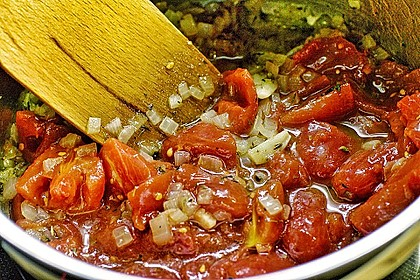 Zucchini – Piccata auf Tomatenkompott mit Rucolapesto und Nudeln 5