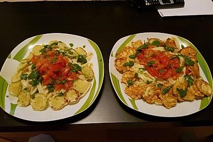 Zucchini – Piccata auf Tomatenkompott mit Rucolapesto und Nudeln 11
