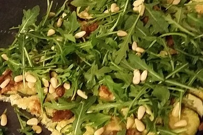 Zucchini – Piccata auf Tomatenkompott mit Rucolapesto und Nudeln 31