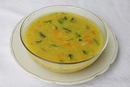 Gemüsesuppe mit Quinoa