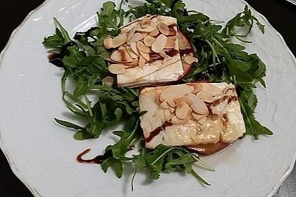 Überbackener Ziegenkäse mit Honigsauce 38