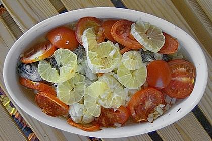 Forelle auf Gemüsebett
