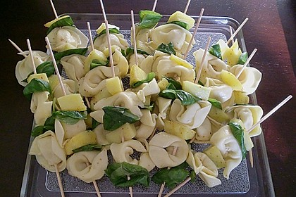 Fruchtige Tortellini - Spieße 3