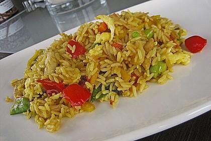 Gebratener Reis mit Huhn und Ei 1