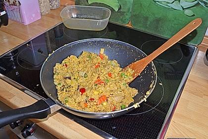 Gebratener Reis mit Huhn und Ei 4