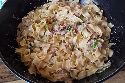 Feuermohns Pasta mit Thunfisch - Porree - Sauce