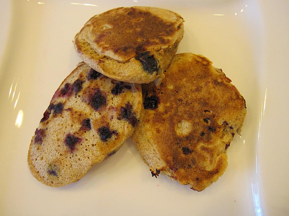 blaubeer pancakes rezept mit bild von fabiani. Black Bedroom Furniture Sets. Home Design Ideas
