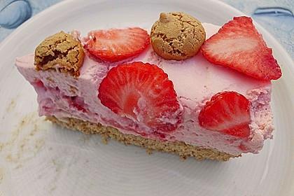 Erdbeer - Amarettini - Torte 2
