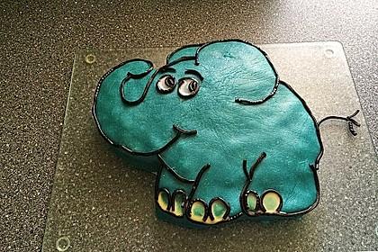 Lettas kleine blaue Elefant  - Motivtorte 21