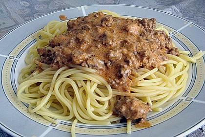 bolognese sauce mal anders mit spaghetti von germaine. Black Bedroom Furniture Sets. Home Design Ideas