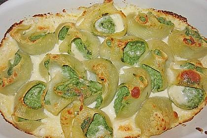 Italienischer Cannelloni - Auflauf