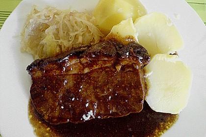Bayrischer Krustenbraten mit leckerer Soße 9