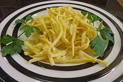 Schwäbische Käsespätzle 1