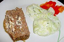 Griechischer Hackbraten und Gurkensalat mit Joghurt