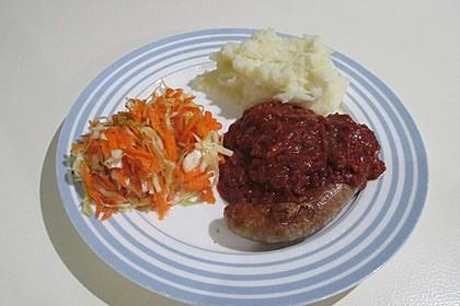 Bratwurst mit Zwiebel - Curry - Soße 1