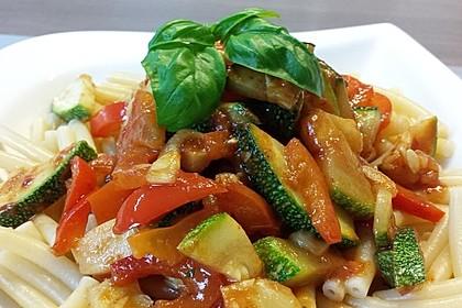 Gnocchi-Salat mit Zucchini und Paprika 4