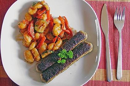 Gnocchi-Salat mit Zucchini und Paprika 39