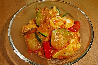 Gnocchi-Salat mit Zucchini und Paprika 57