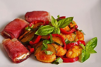 Gnocchi-Salat mit Zucchini und Paprika 2