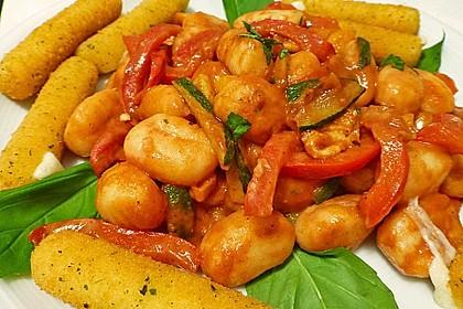Gnocchi-Salat mit Zucchini und Paprika 17