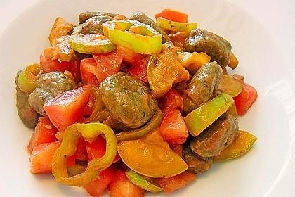 Gnocchi-Salat mit Zucchini und Paprika 30