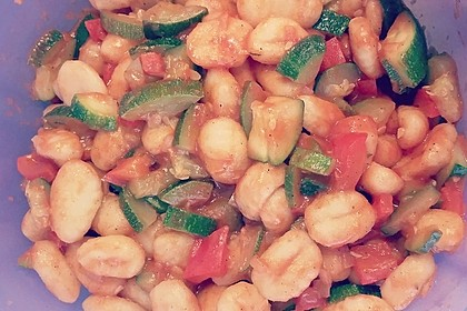 Gnocchi-Salat mit Zucchini und Paprika 42
