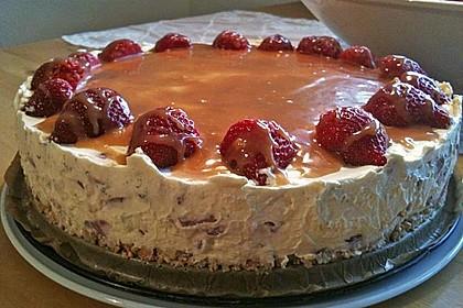 Erdbeer - Karamell - Torte 12