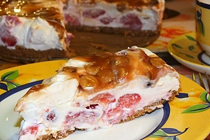 Erdbeer - Karamell - Torte 11