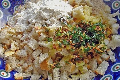 Feines Hähnchenbrustragout mit Semmelklößchen 2