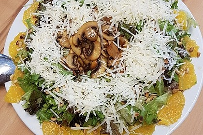 Salat mit Honigchampignons 46