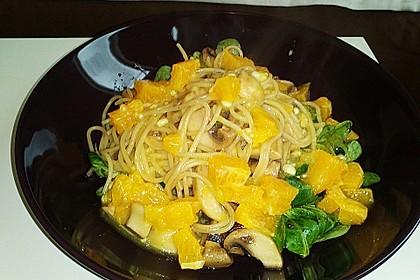 Salat mit Honigchampignons 41