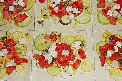 Blätterteig mit Tomate, Zucchini und Feta 23