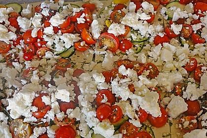 Blätterteig mit Tomate, Zucchini und Feta 27