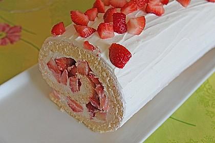 Erdbeer - Biskuit - Rolle 1
