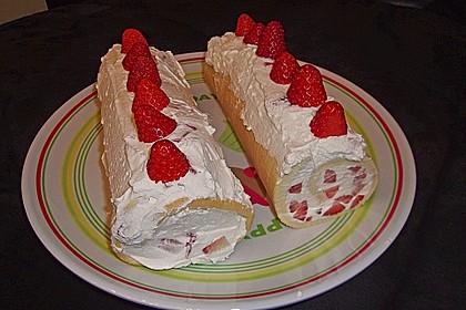 Erdbeer - Biskuit - Rolle 5