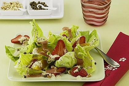 Pikanter Erdbeer - Salat