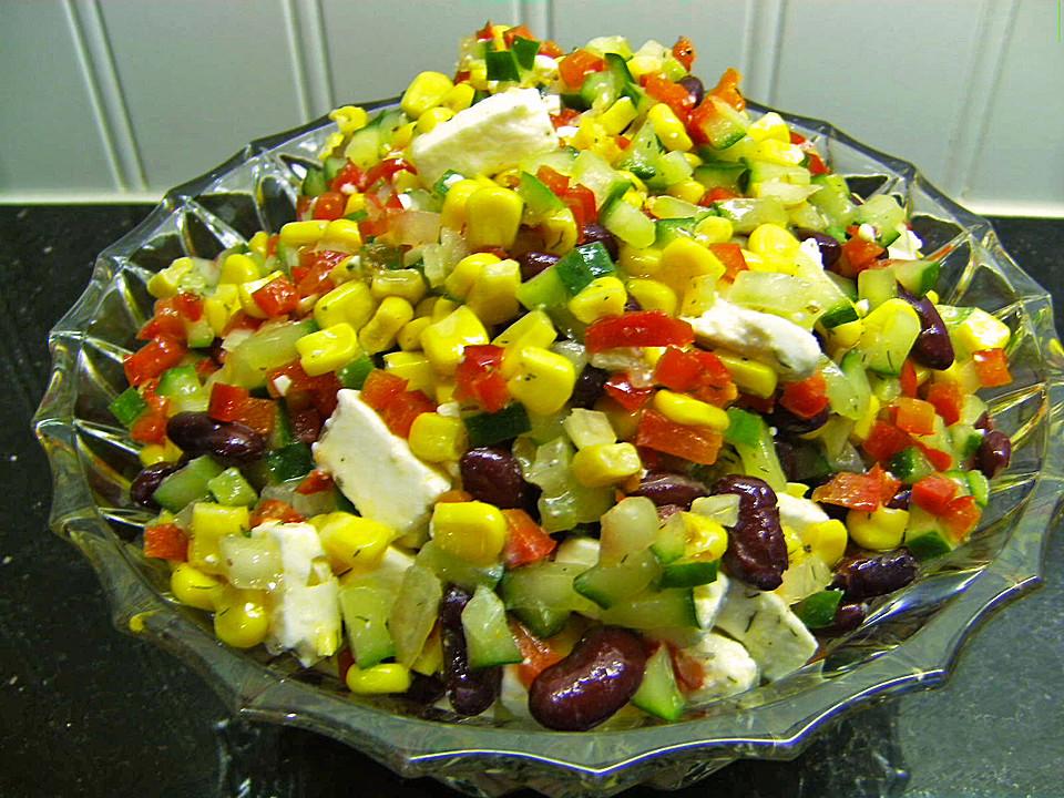 simpler griechischer salat f r deutsche grillparties von. Black Bedroom Furniture Sets. Home Design Ideas